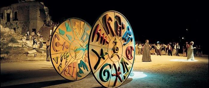 Le opere di Arnoldo Pomodoro in mostra a Terni: tra architettura e teatro
