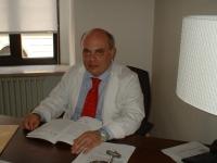 Prof. Claudio Corbellini. Docente presso l' Università degli studi di Pavia e di Milano.