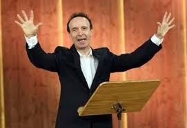 Roberto Benigni recita i dieci comandamenti, trasmissione RAI del 15.12.2014. Fonte foto google.