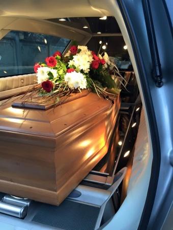 La resurrezione ai funerali!